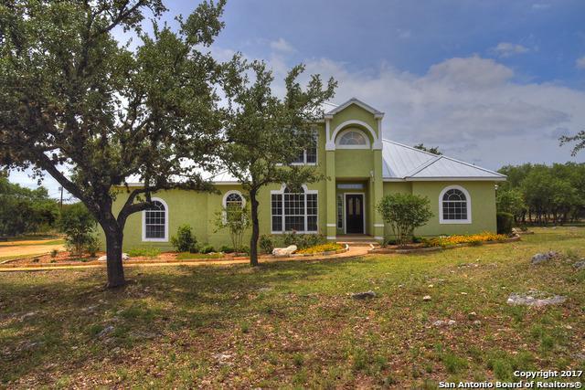 8155 Rolling Acres Trl, Fair Oaks Ranch, TX 78015 (MLS #1249588) :: The Castillo Group