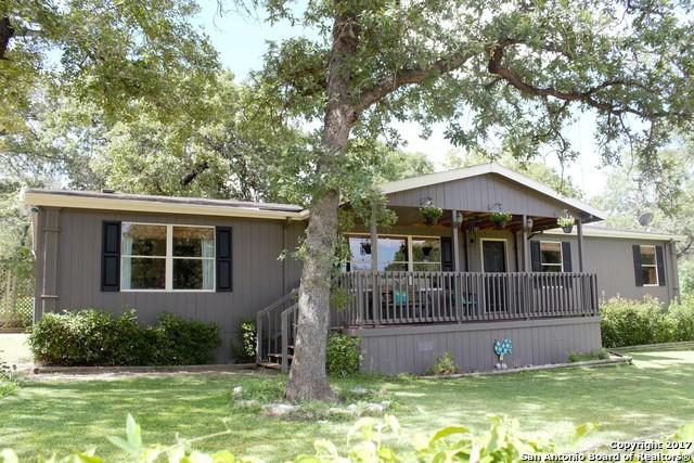 165 Oak Hill Rd, La Vernia, TX 78121 (MLS #1253531) :: Exquisite Properties, LLC