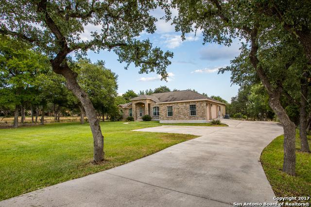 1197 Glenwood Loop, Bulverde, TX 78163 (MLS #1261054) :: Ultimate Real Estate Services