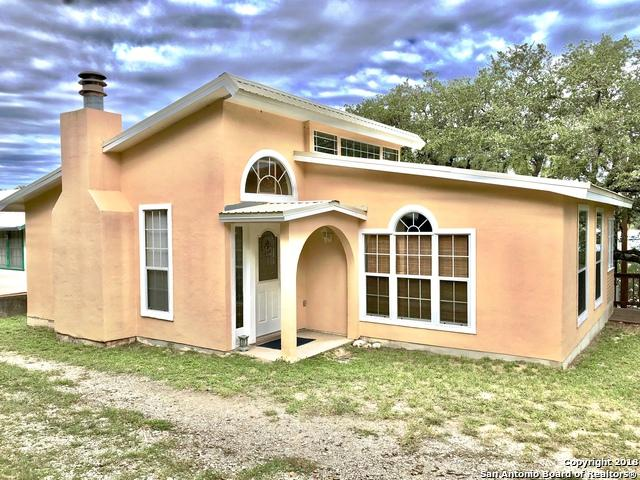 108 Private Road 2608, Mico, TX 78056 (MLS #1275973) :: The Suzanne Kuntz Real Estate Team