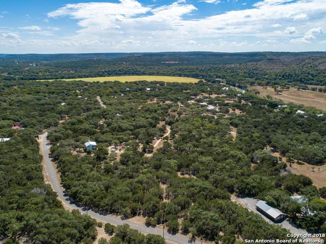 295 Windmill Oaks Dr, Wimberley, TX 78676 (MLS #1276179) :: The Castillo Group