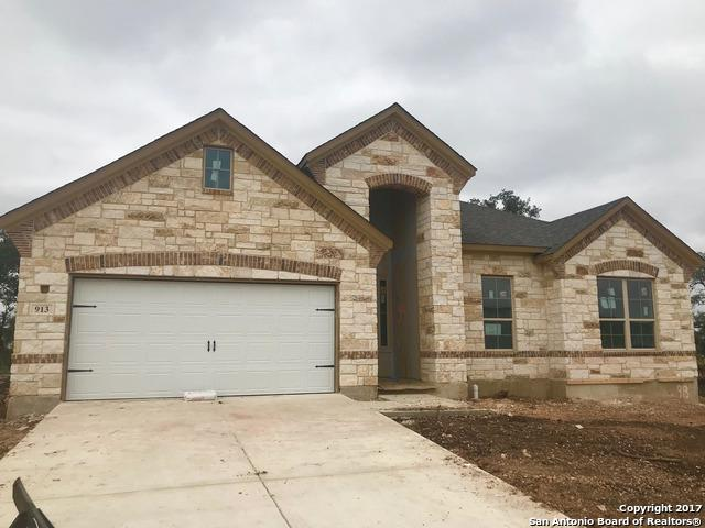 913 Carriage Loop, New Braunfels, TX 78130 (MLS #1278381) :: The Castillo Group
