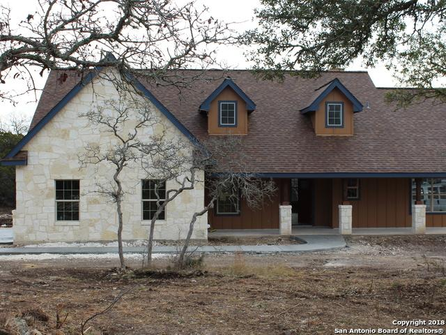 215 Saddle Mountain Dr, Boerne, TX 78006 (MLS #1280845) :: Magnolia Realty