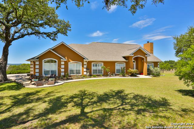 108 Agarita Ct, Boerne, TX 78006 (MLS #1283956) :: Exquisite Properties, LLC