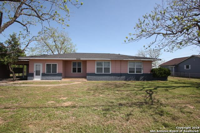 13672 U S Hwy 87 W, La Vernia, TX 78121 (MLS #1284275) :: Magnolia Realty