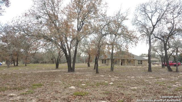 104 Telegraph Dr, Floresville, TX 78114 (MLS #1284595) :: Magnolia Realty
