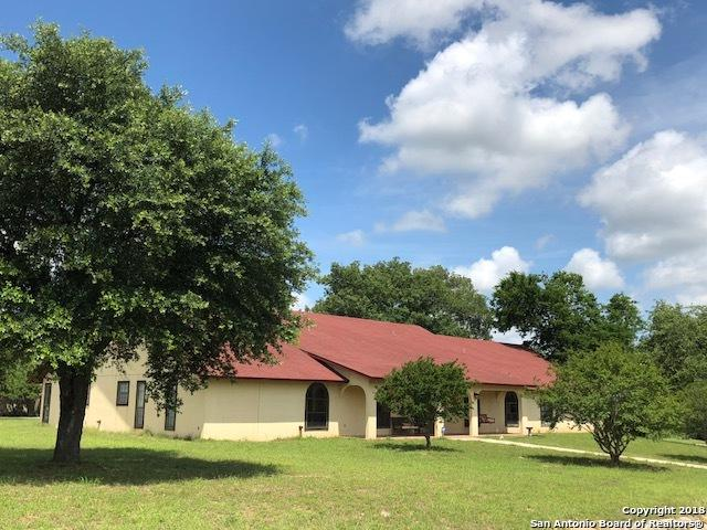 101 Encino Pl, Devine, TX 78016 (MLS #1287597) :: Alexis Weigand Real Estate Group