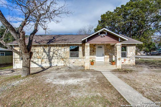 595 E South St, New Braunfels, TX 78130 (MLS #1287672) :: Ultimate Real Estate Services