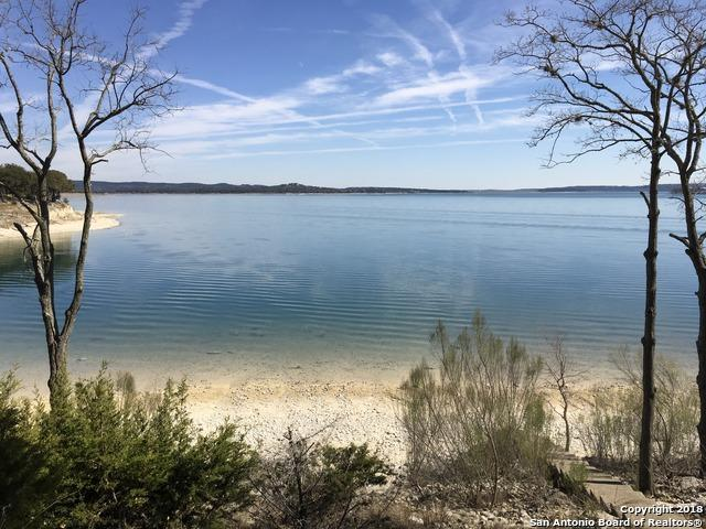 1144 Lakebreeze Dr, Canyon Lake, TX 78133 (MLS #1289162) :: Magnolia Realty