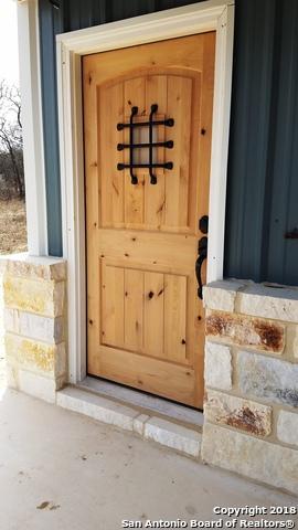 124 Lakeview Circle, La Vernia, TX 78121 (MLS #1291806) :: Exquisite Properties, LLC