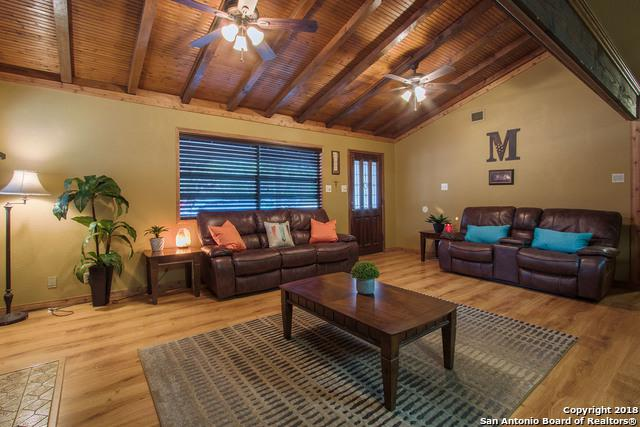 329 Club House Loop, Canyon Lake, TX 78133 (MLS #1294162) :: Ultimate Real Estate Services