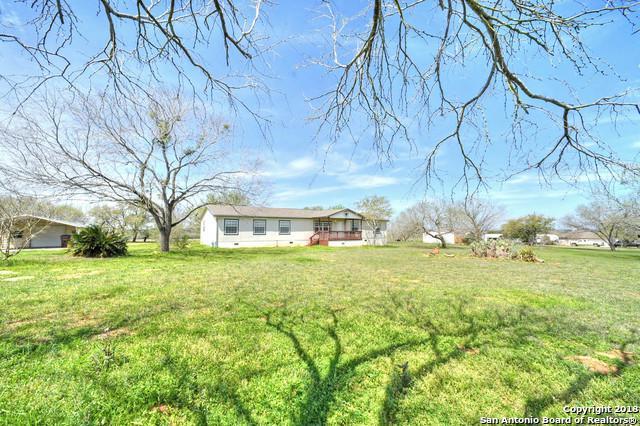 461 Homecrest Dr, La Vernia, TX 78121 (MLS #1296547) :: Exquisite Properties, LLC