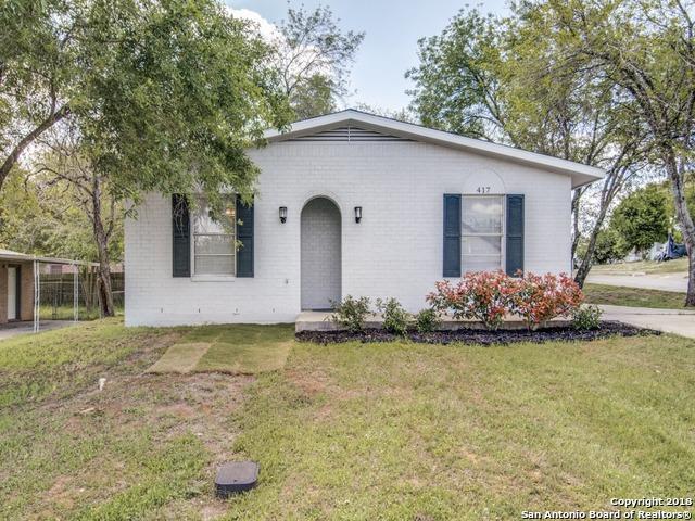417 W Johnson St, Pleasanton, TX 78064 (MLS #1300412) :: Erin Caraway Group