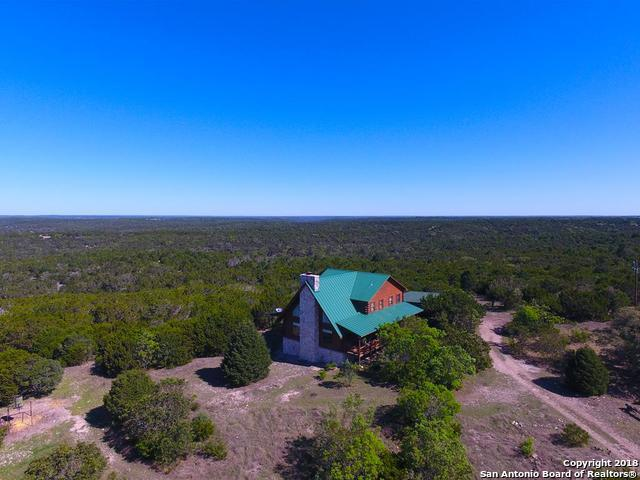 863 Mccarson Ranch Rd, Mountain Home, TX 78058 (MLS #1300423) :: ForSaleSanAntonioHomes.com