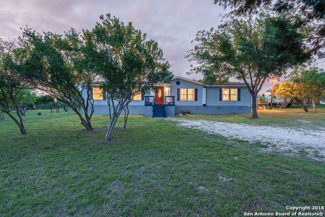 430 County Road 3821, San Antonio, TX 78253 (MLS #1303060) :: Neal & Neal Team