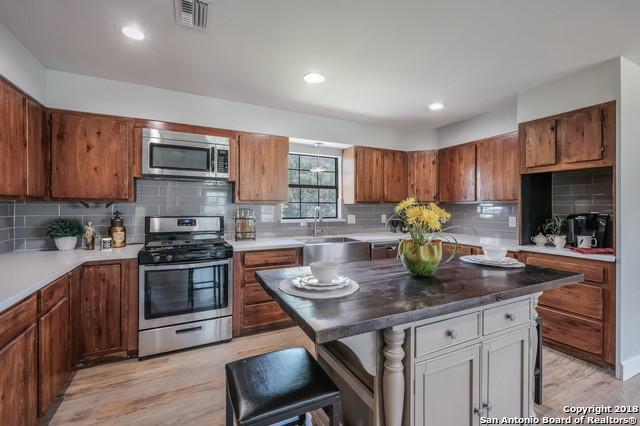 110 E Huebinger St, Marion, TX 78124 (MLS #1305958) :: Ultimate Real Estate Services