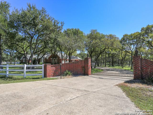 7820 Silver Spur Trail, Fair Oaks Ranch, TX 78015 (MLS #1306173) :: Carolina Garcia Real Estate Group