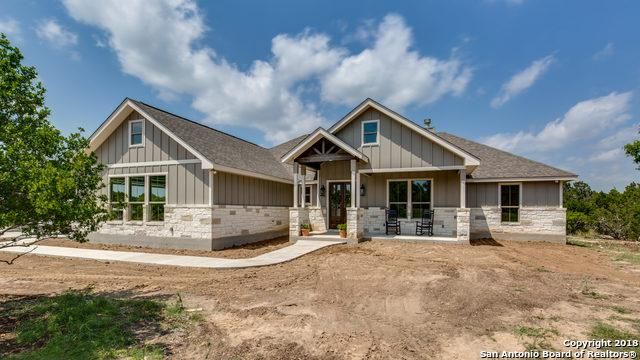 113 Cave Circle, Boerne, TX 78006 (MLS #1306371) :: The Castillo Group