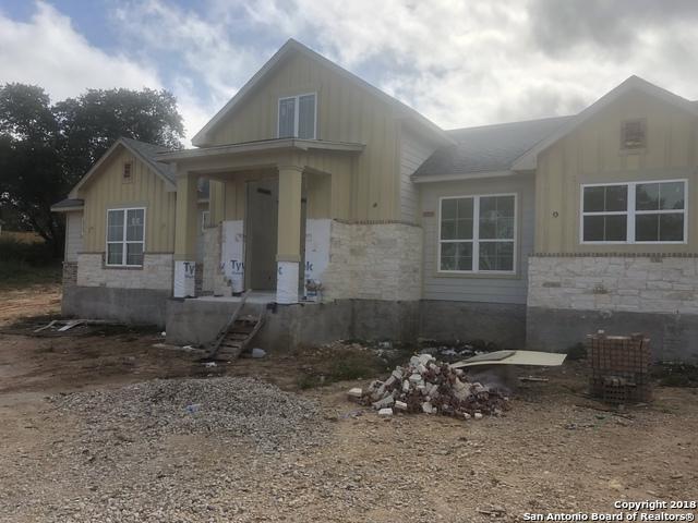 205 Great Oaks Ct, La Vernia, TX 78121 (MLS #1306874) :: Exquisite Properties, LLC