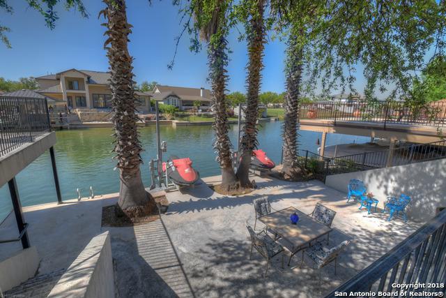 206 Wennmohs Place, Horseshoe Bay, TX 78657 (MLS #1308163) :: Erin Caraway Group
