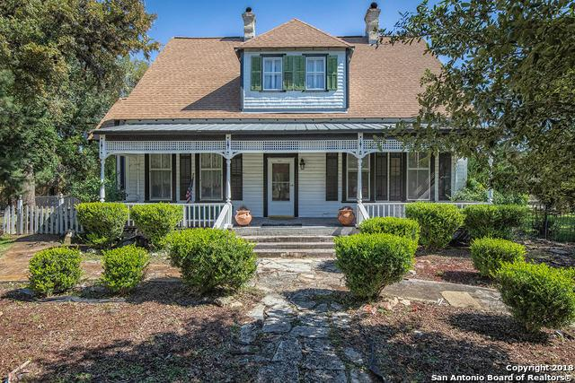 717 N Main St, Boerne, TX 78006 (MLS #1309741) :: Alexis Weigand Real Estate Group
