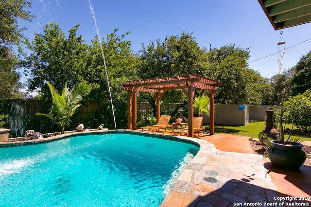 8430 Twisted Oaks, Garden Ridge, TX 78266 (MLS #1309958) :: Tom White Group
