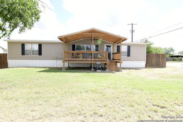 507 Goft, Cotulla, TX 78014 (MLS #1312361) :: Neal & Neal Team