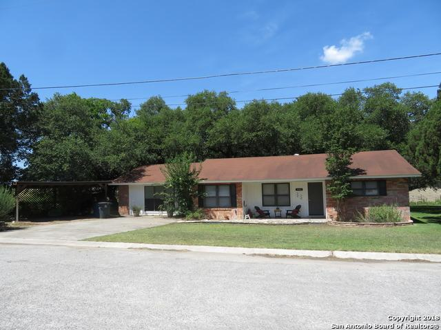 1006 Wallhalla, New Braunfels, TX 78130 (MLS #1317098) :: Exquisite Properties, LLC