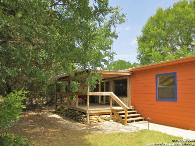 2252 Rohrbuch Rd, Pipe Creek, TX 78063 (MLS #1323145) :: Neal & Neal Team