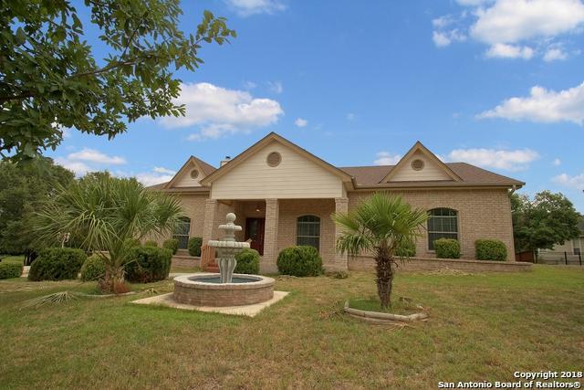 8453 Raintree Woods Dr, Fair Oaks Ranch, TX 78015 (MLS #1323670) :: Neal & Neal Team