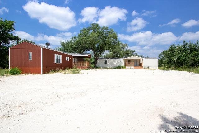 143 N 3rd St, Somerset, TX 78069 (MLS #1324381) :: Neal & Neal Team