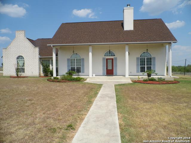 856 County Road 367, Hondo, TX 78861 (MLS #1327700) :: Alexis Weigand Real Estate Group