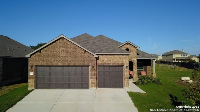 1711 Village Spgs, New Braunfels, TX 78130 (MLS #1328014) :: The Suzanne Kuntz Real Estate Team