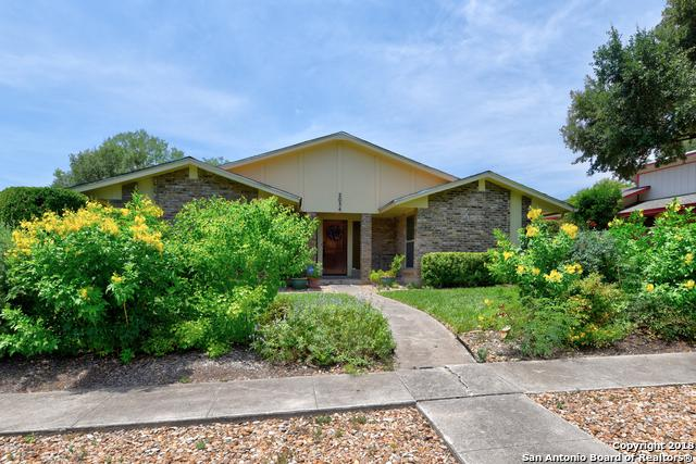 2034 Lotus Blossom St, San Antonio, TX 78247 (MLS #1329184) :: Alexis Weigand Real Estate Group
