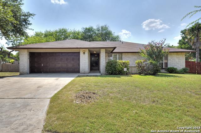 1015 Truman St, San Antonio, TX 78245 (MLS #1330337) :: The Castillo Group
