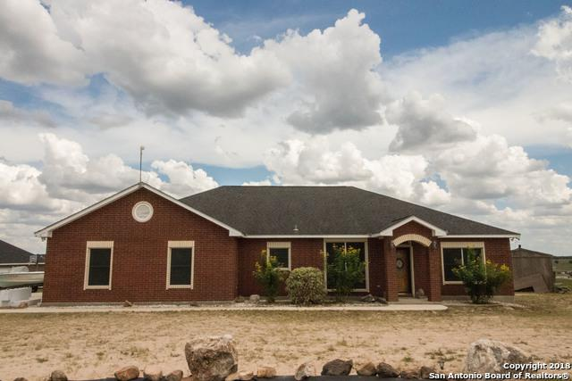 700 Lake Valley Dr, La Vernia, TX 78121 (MLS #1330880) :: Exquisite Properties, LLC