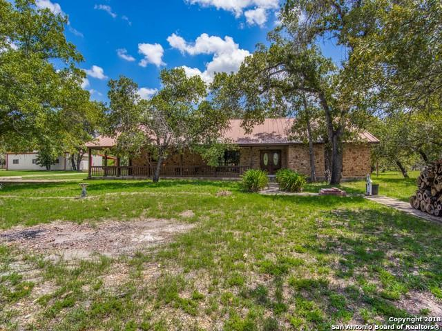 1001 County Road 785, Natalia, TX 78059 (MLS #1331314) :: Alexis Weigand Real Estate Group