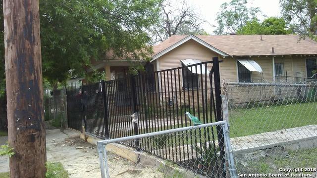 944 Delgado St, San Antonio, TX 78207 (MLS #1332043) :: NewHomePrograms.com LLC