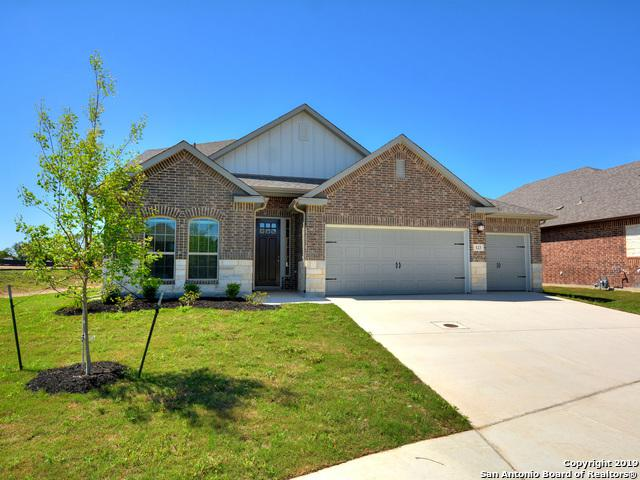 123 Heathcot, Boerne, TX 78015 (MLS #1332744) :: Alexis Weigand Real Estate Group
