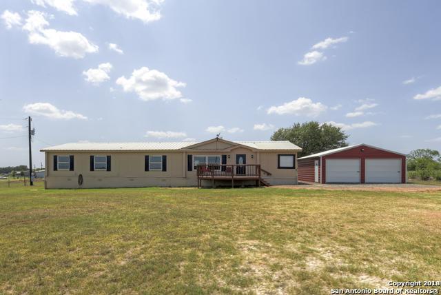 4565 County Road 427, Stockdale, TX 78160 (MLS #1333731) :: Exquisite Properties, LLC