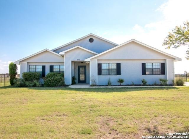 903 Flying L Dr, Bandera, TX 78003 (MLS #1334138) :: Berkshire Hathaway HomeServices Don Johnson, REALTORS®