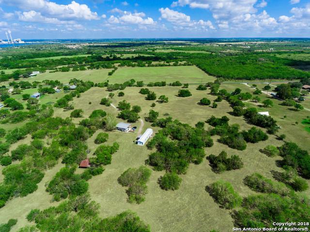 10544 Kosub Ln, San Antonio, TX 78223 (MLS #1335941) :: Alexis Weigand Real Estate Group