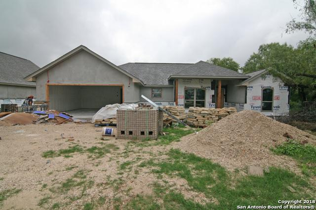 914 London, Castroville, TX 78009 (MLS #1337308) :: The Castillo Group