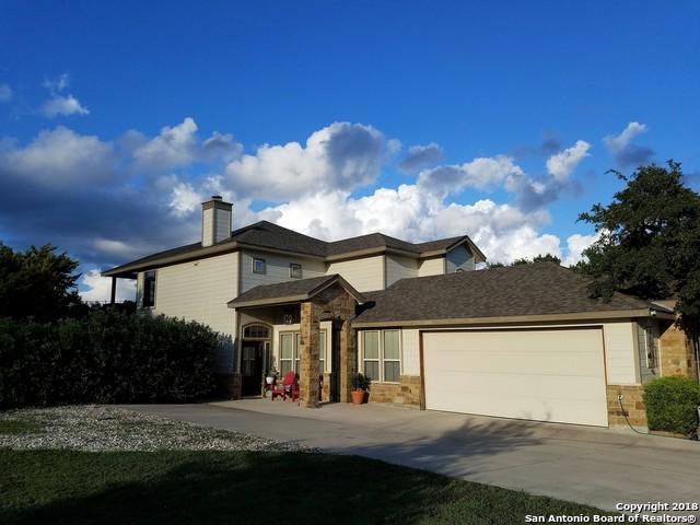 1113 Paradise Dr, Canyon Lake, TX 78133 (MLS #1338190) :: Magnolia Realty