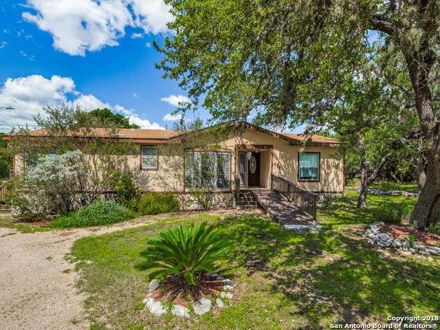 402 N Walnut Way, Boerne, TX 78006 (MLS #1338533) :: Vivid Realty