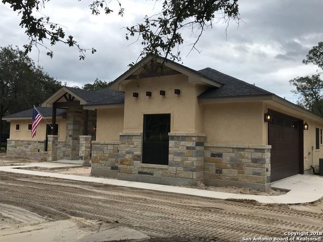 176 Sendera Crossing, La Vernia, TX 78121 (MLS #1339006) :: Erin Caraway Group