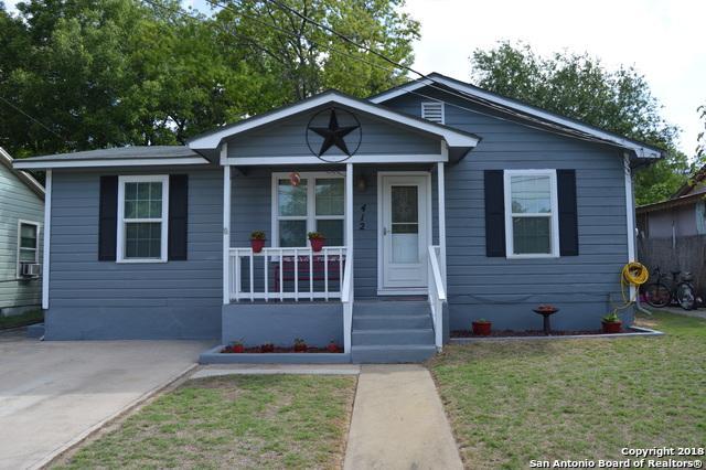 412 Charles St, Kerrville, TX 78028 (MLS #1339054) :: Tom White Group