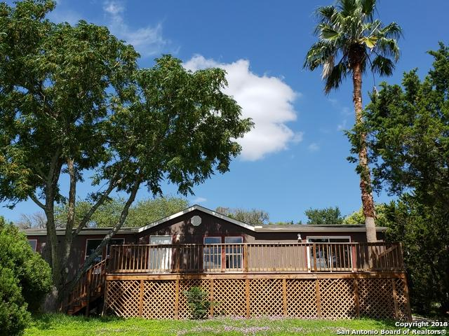 704 Walnut Way, Boerne, TX 78006 (MLS #1339496) :: Tom White Group