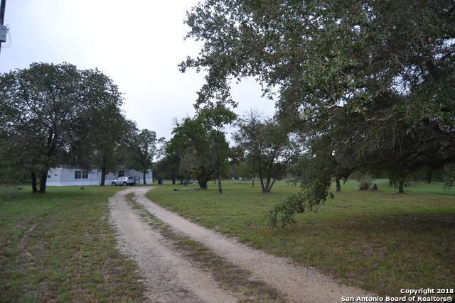 114 County Road 7725, Natalia, TX 78059 (MLS #1341784) :: Vivid Realty