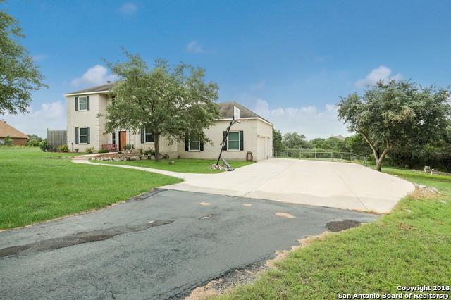 477 Copper Ridge Dr, New Braunfels, TX 78132 (MLS #1342364) :: Erin Caraway Group
